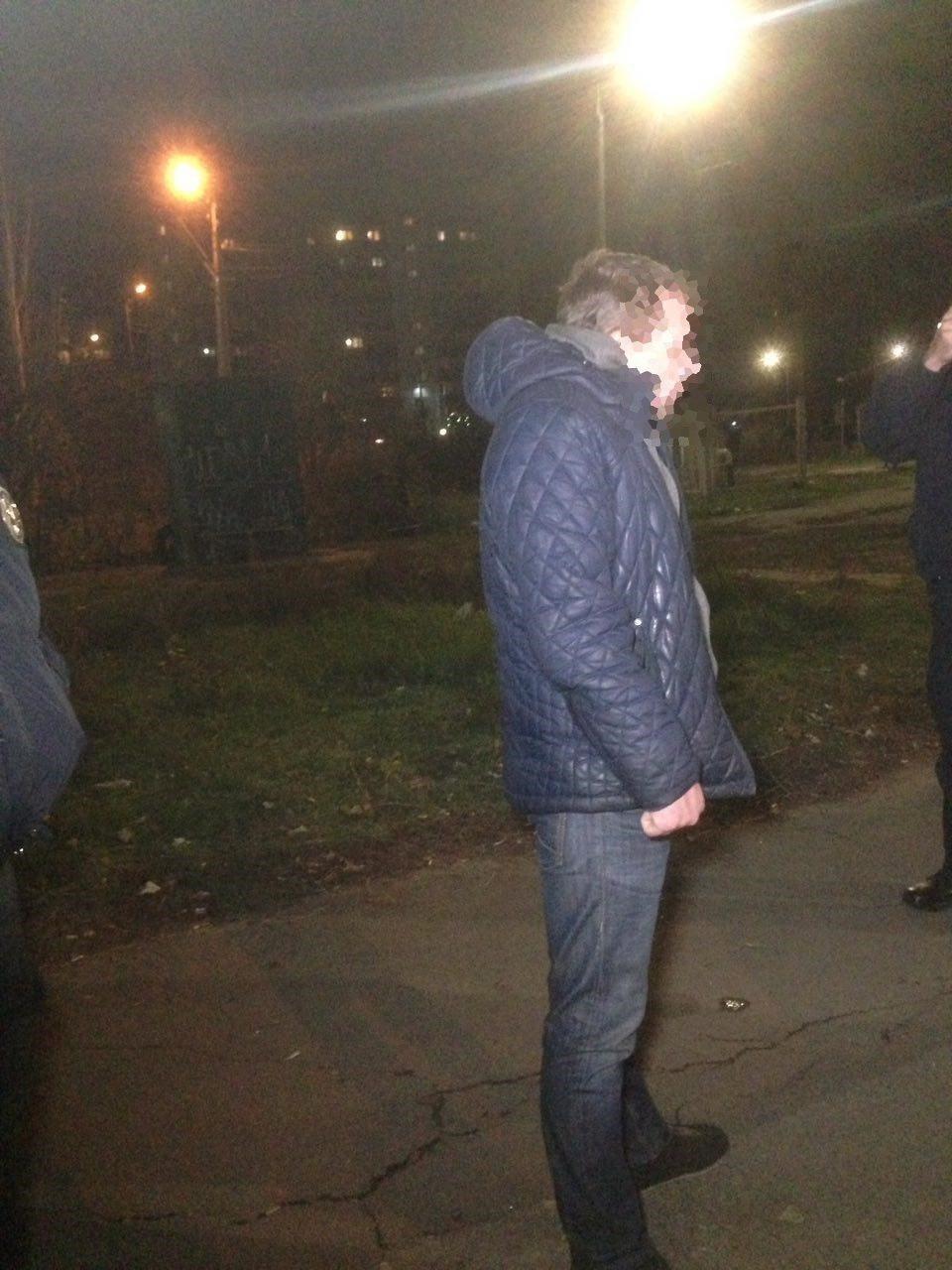 Николаевские патрульные задержали мужчину, искавшего наркотики, - ФОТО, фото-2