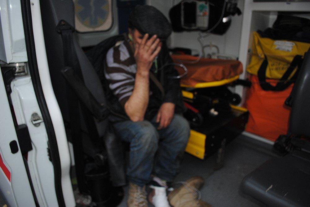 Двое мужчин устроили пожар в подвале многоэтажки в Николаеве - их спасли пожарные, - ФОТО, фото-1