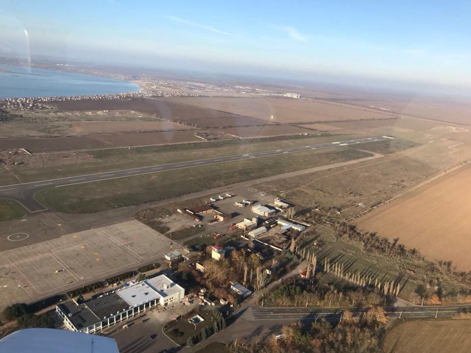 В сети опубликованы фото взлетной полосы Николаевского аэропорта с высоты птичьего полета, - ФОТО, фото-4