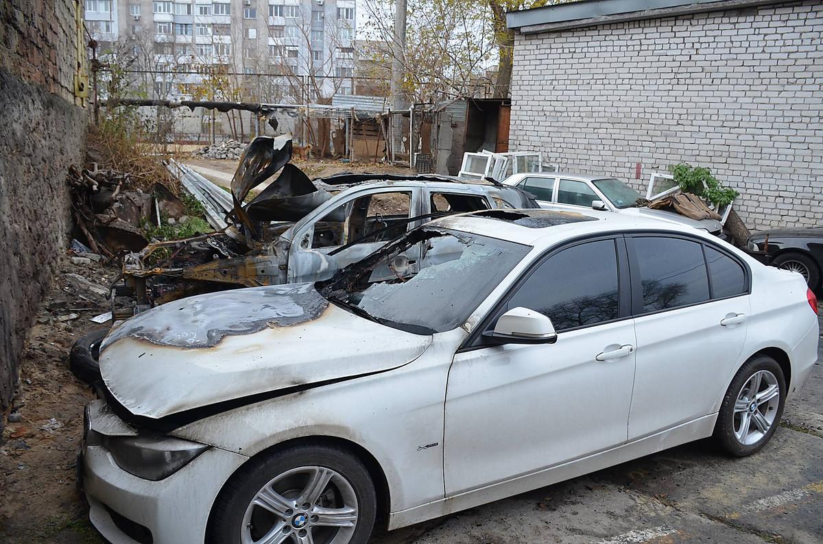 """Ночью почти дотла сгорел """"Mitsubishi"""", на котором ездит николаевский прокурор Владислав Белан, фото-1"""