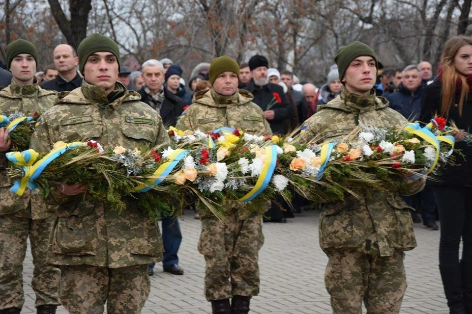 Николаевцы почтили память жертв Голодомора, - ФОТО, фото-2