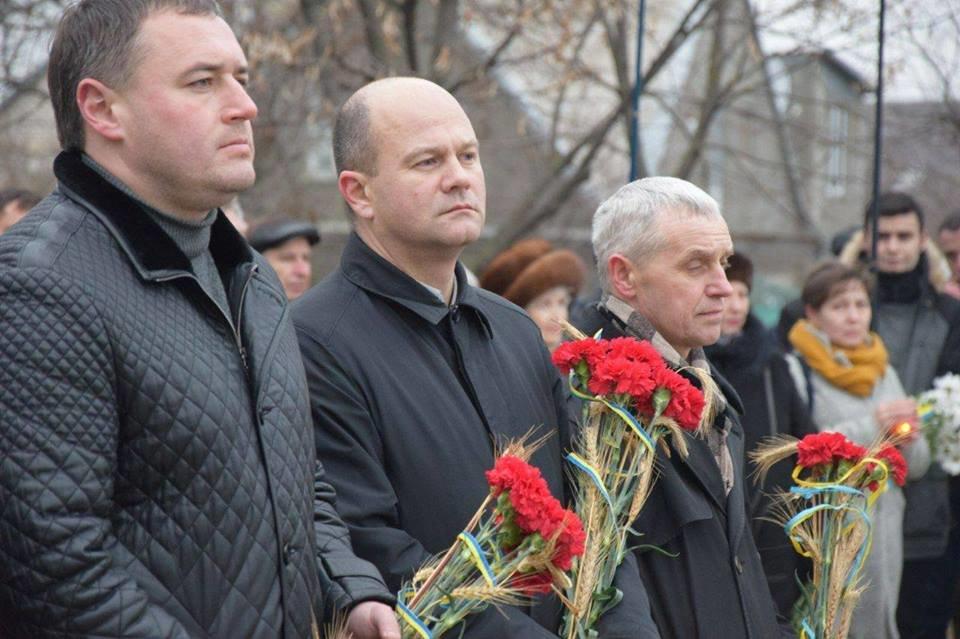 Николаевцы почтили память жертв Голодомора, - ФОТО, фото-5