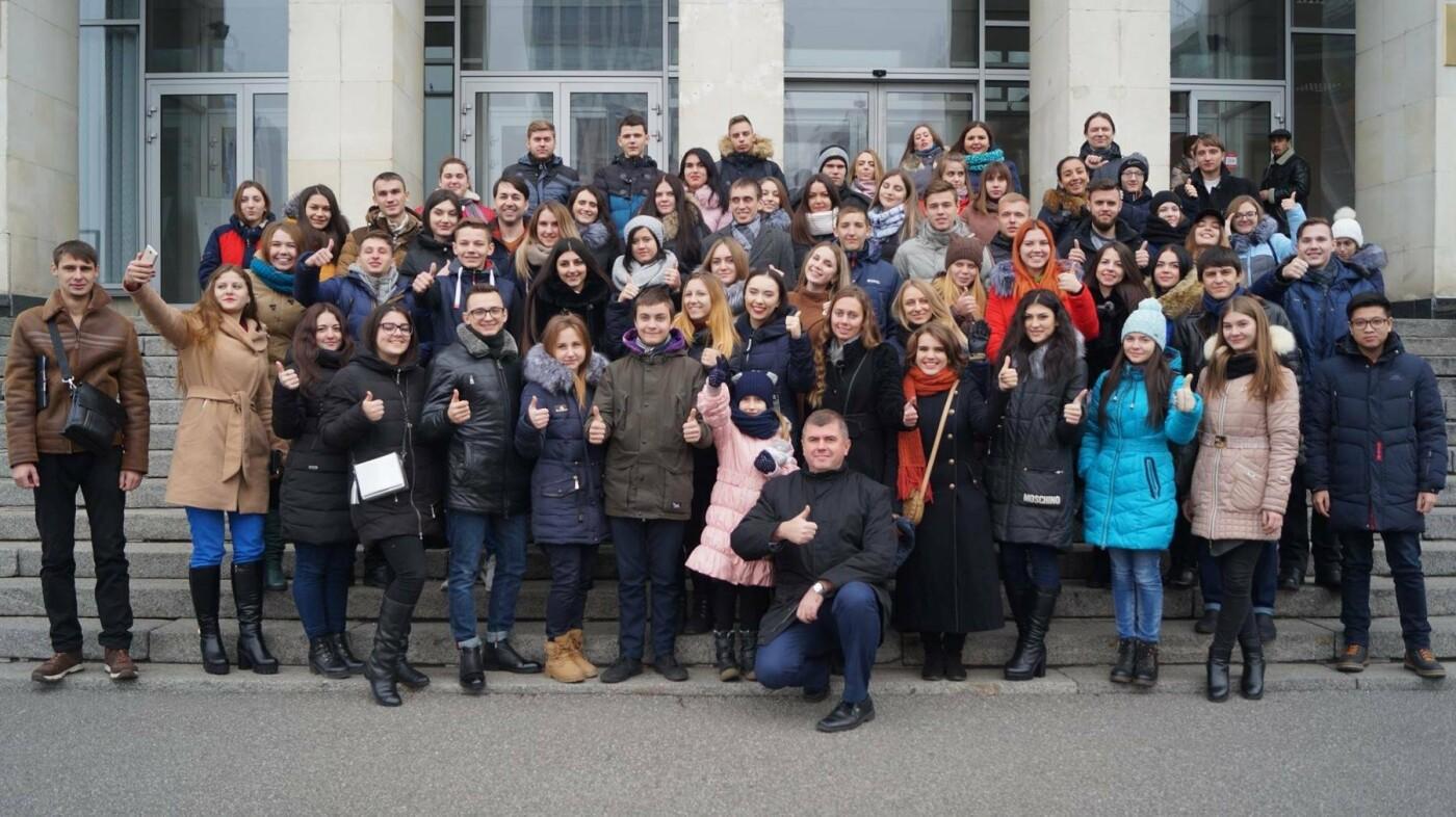 Сотня лучших николаевских студентов посетили Верховную Раду и Министерство молодежи и спорта , фото-3