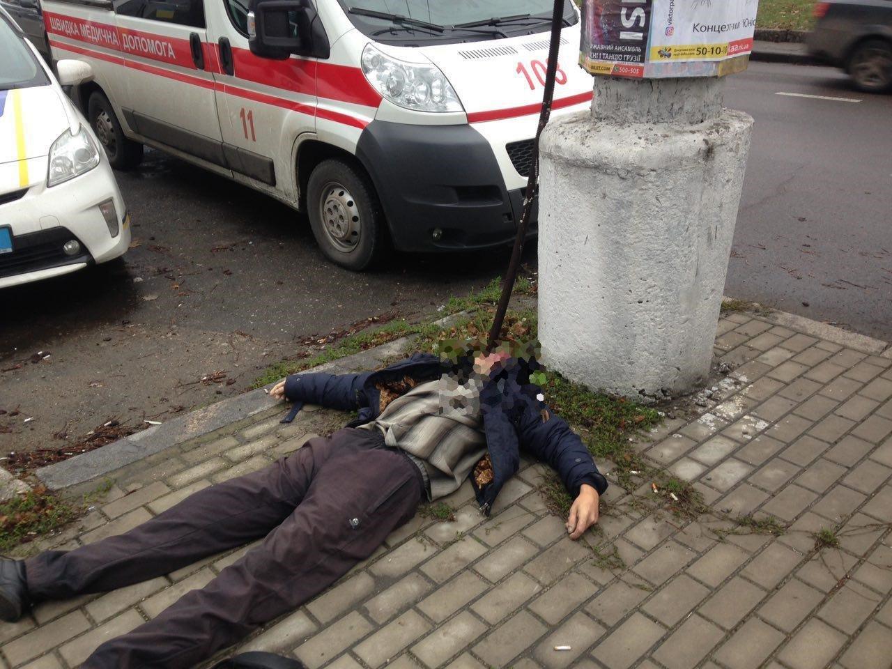 Возле Пушкинского кольца в Николаеве найден труп мужчины, - ФОТО, фото-1