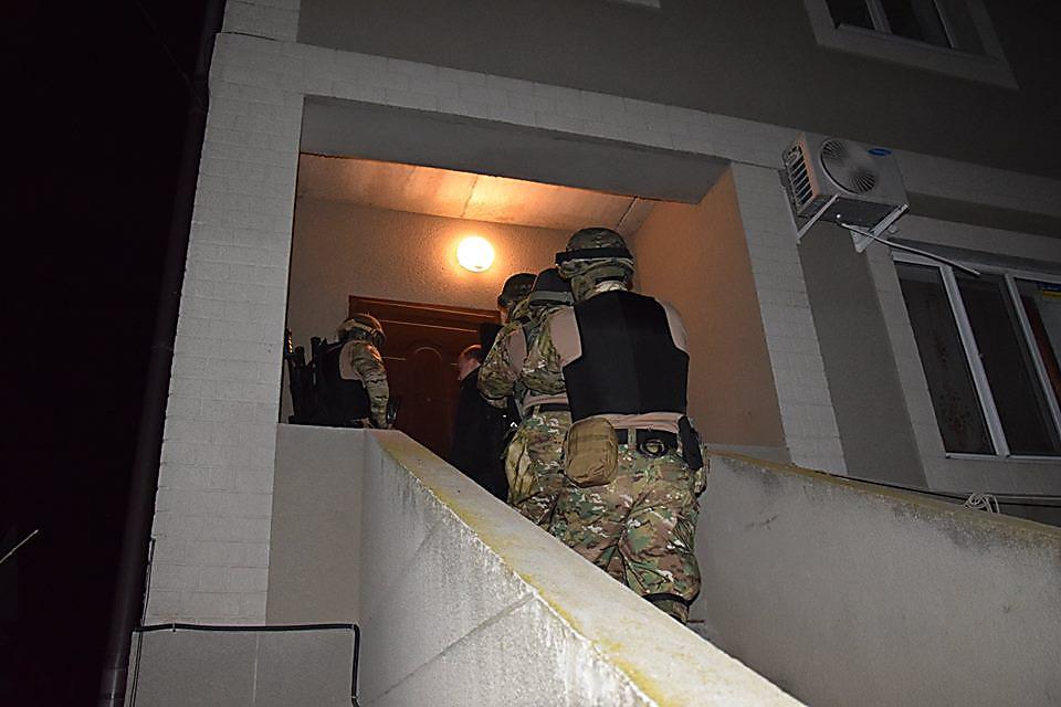 В Одессе николаевские полицейские задержали подозреваемых в разбойном нападении, ФОТО, фото-1