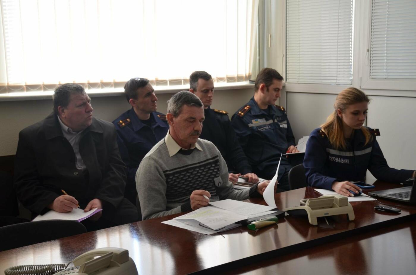 Николаевские спасатели обсудили безопасность торговых центров, лесов и церквей, - ФОТО, фото-1