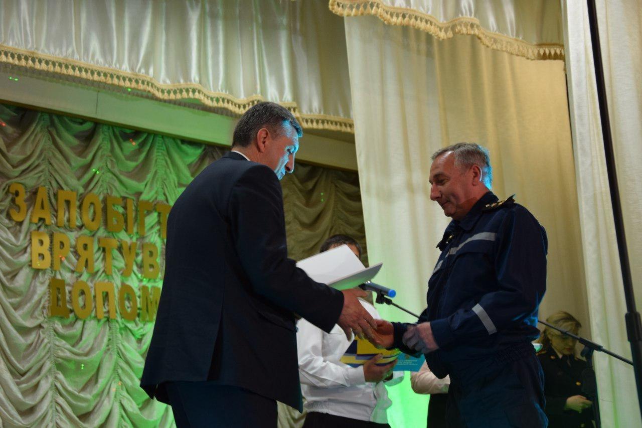Валентин Гайдаржи поздравил работников пожарной охраны с профессиональным праздником, - ФОТО, фото-3