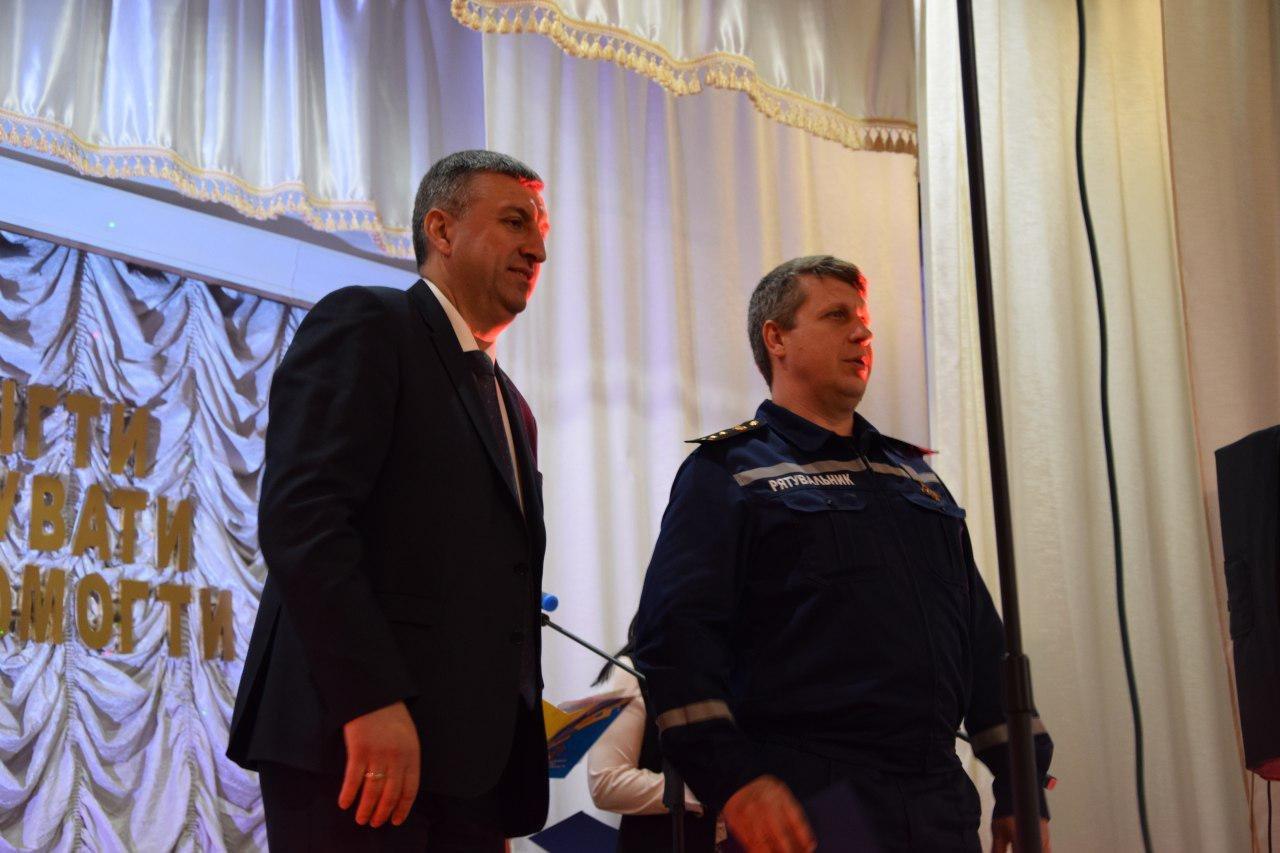 Валентин Гайдаржи поздравил работников пожарной охраны с профессиональным праздником, - ФОТО, фото-1