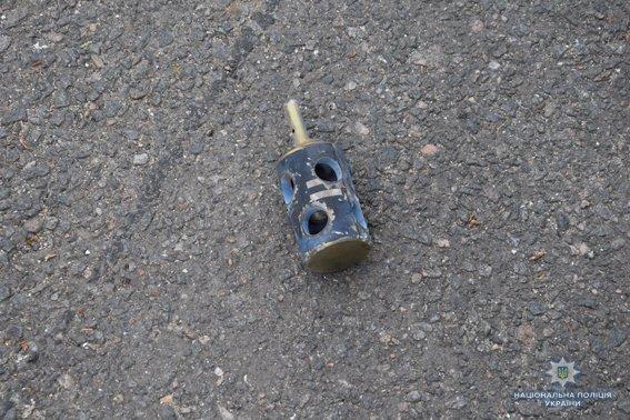 В Николаеве КОРД штурмом брал заброшенную туристическую базу, чтобы освободить заложника-инкассатора от вооруженных преступников, - ФОТО, В..., фото-4