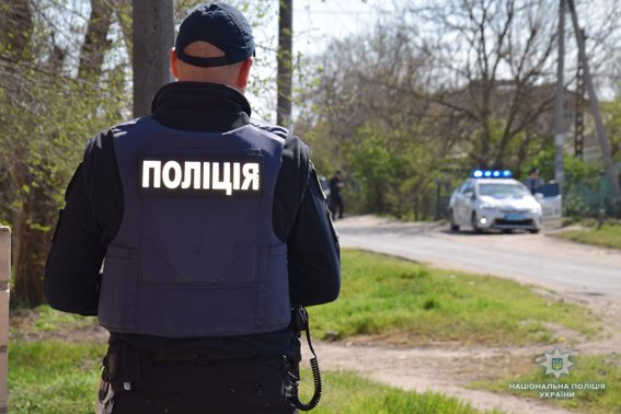 В Николаеве КОРД штурмом брал заброшенную туристическую базу, чтобы освободить заложника-инкассатора от вооруженных преступников, - ФОТО, В..., фото-2
