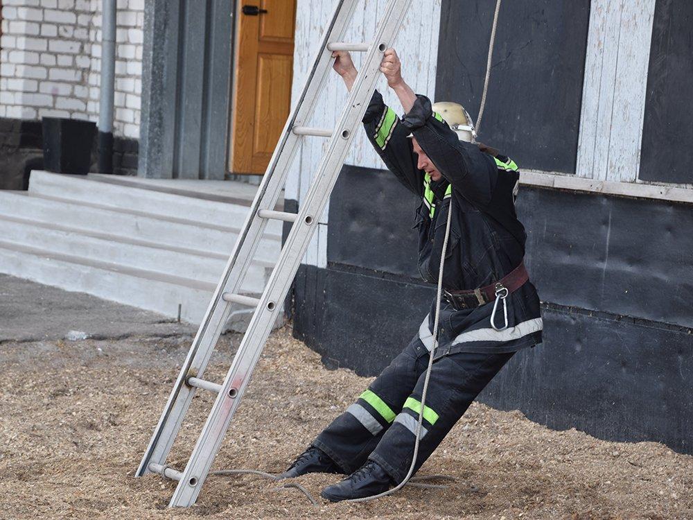 На николаевщине прошел первый этап соревнований среди спасателей, - ФОТО, фото-2
