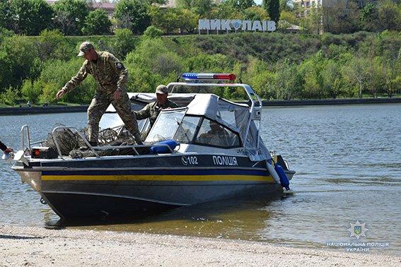 Николаевские полицейские вновь изъяли почти 200 браконьерских орудий для ловли раков, - ФОТО, фото-5