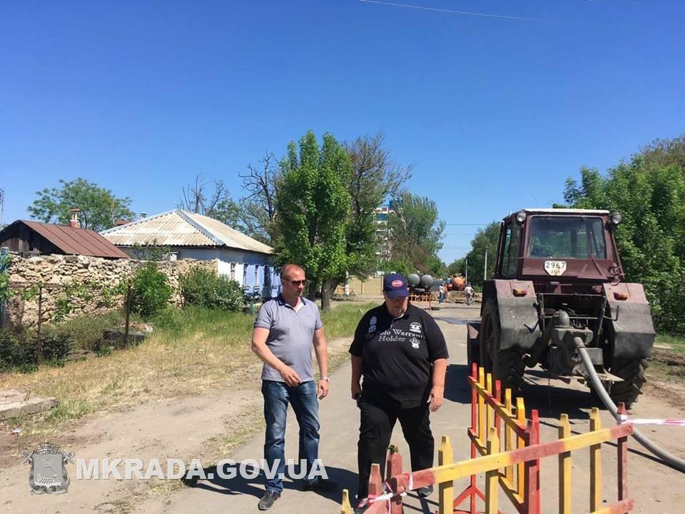 Аварийные службы будут работать без отдыха, чтобы стоки не подтопили дома николаевцев, - вице-мэр Юрий Степанец, - ФОТО, фото-1