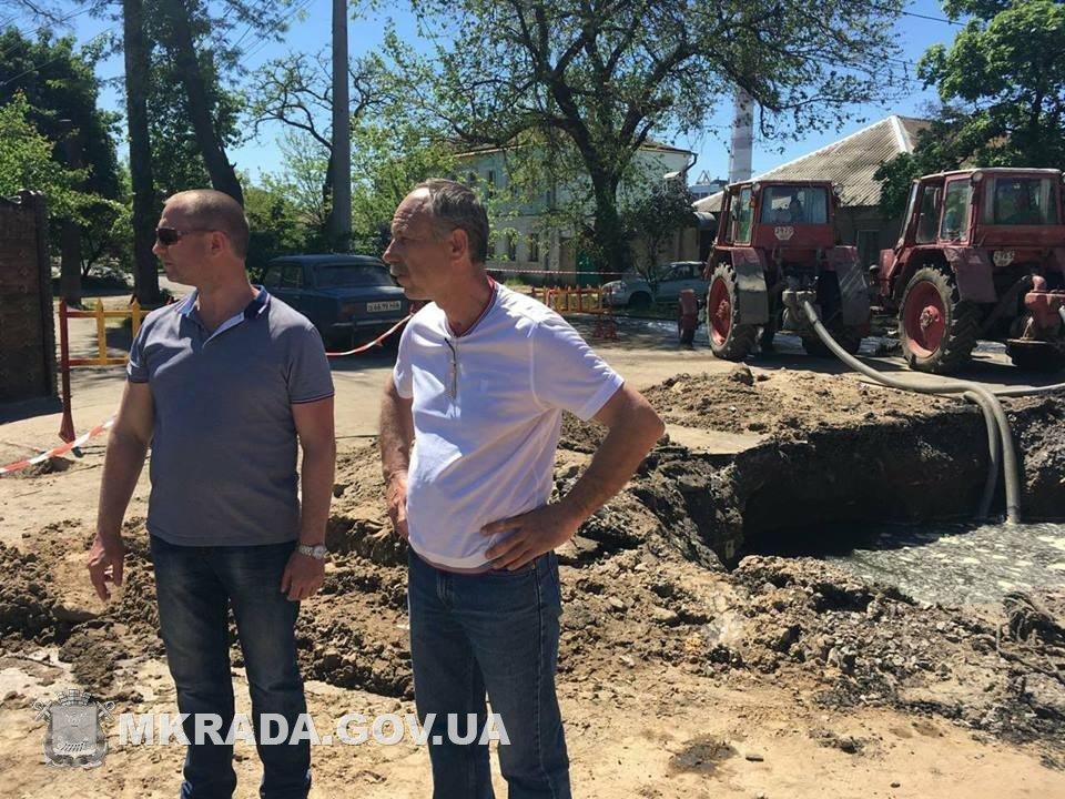 Аварийные службы будут работать без отдыха, чтобы стоки не подтопили дома николаевцев, - вице-мэр Юрий Степанец, - ФОТО, фото-9