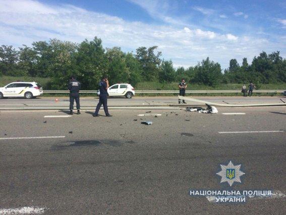 На Николаевщине после столкновения с отбойником загорелся автомобиль: погибла водитель, - ФОТО, фото-3