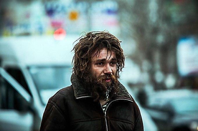 Бездомный, известный николаевцам как Сеня, госпитализирован в медучреждение, фото-1