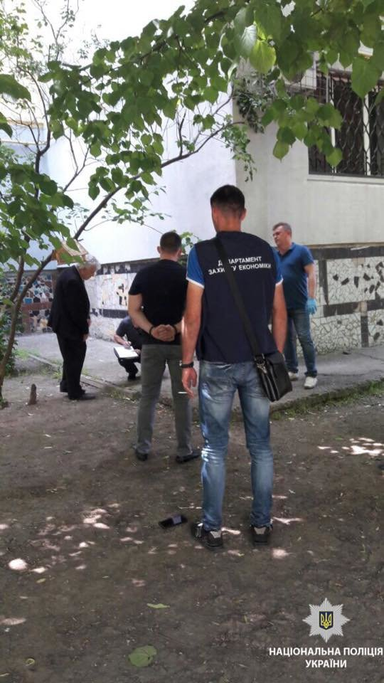 В Николаеве правоохранители задержали на взятке работника суда, - ФОТО, фото-3