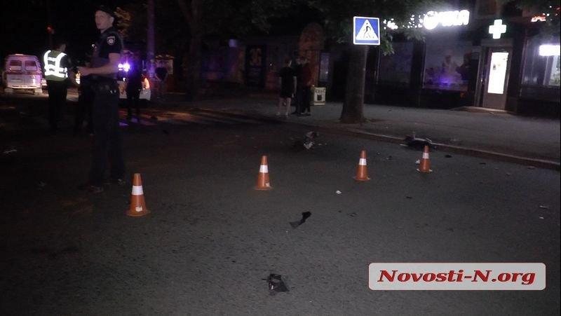 Ночью в Николаеве мотоциклист скрываясь от полиции врезался в столб, - ФОТО, фото-2