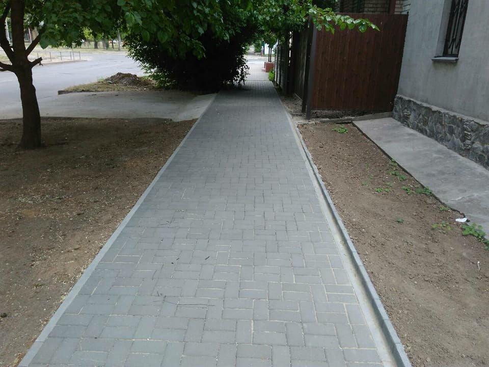 В Николаеве на улице Чкалова отремонтировали тротуар, - ФОТО, фото-2
