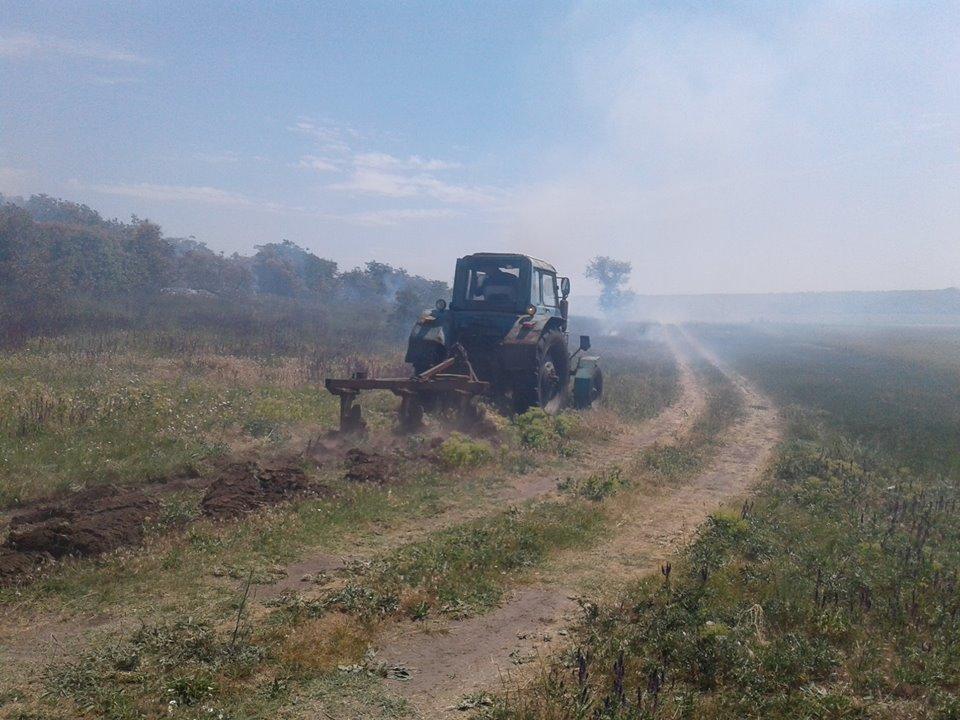 За прошедшие сутки в Николаевской области прошло шесть пожаров, - ФОТО, фото-1
