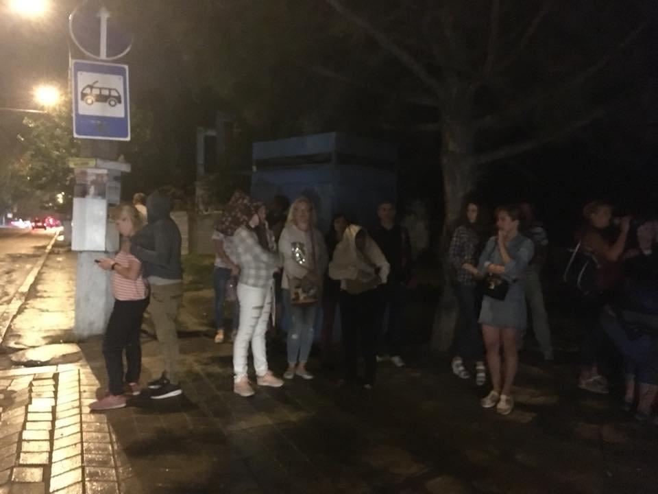 Мэр раскритиковал управление транспорта за то, что многие николаевцы не могли добраться домой после концерта ко Дню ВМС Украины, фото-4