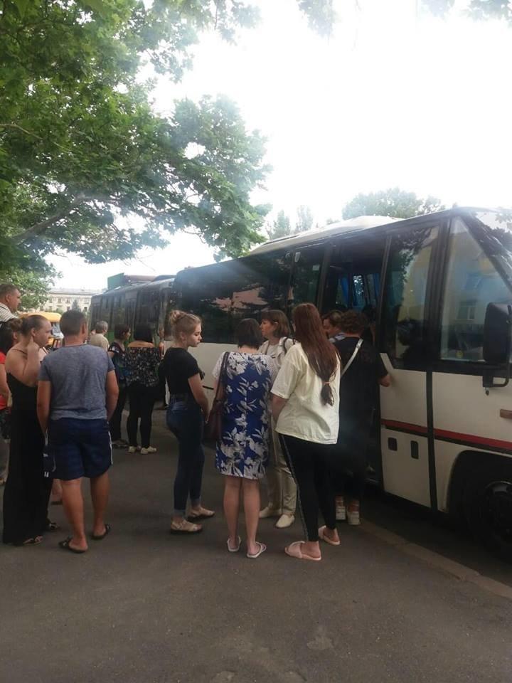 Николаевские дети-льготники бесплатно отправились на оздоровление, - ФОТО , фото-3
