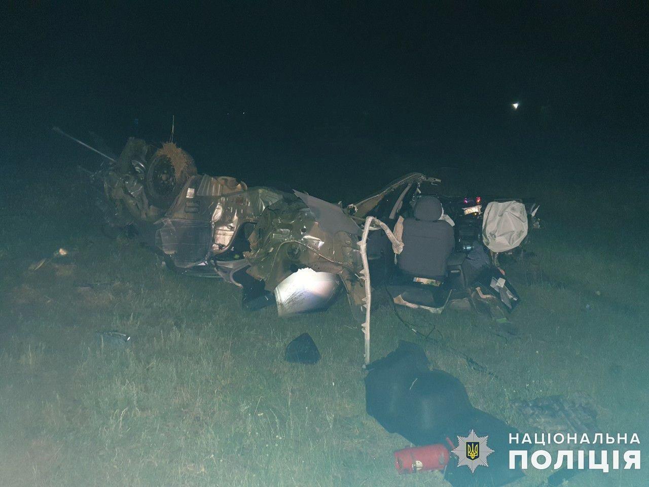 На Николаевщине в результате ДТП погибли два человека, - ФОТО, фото-2