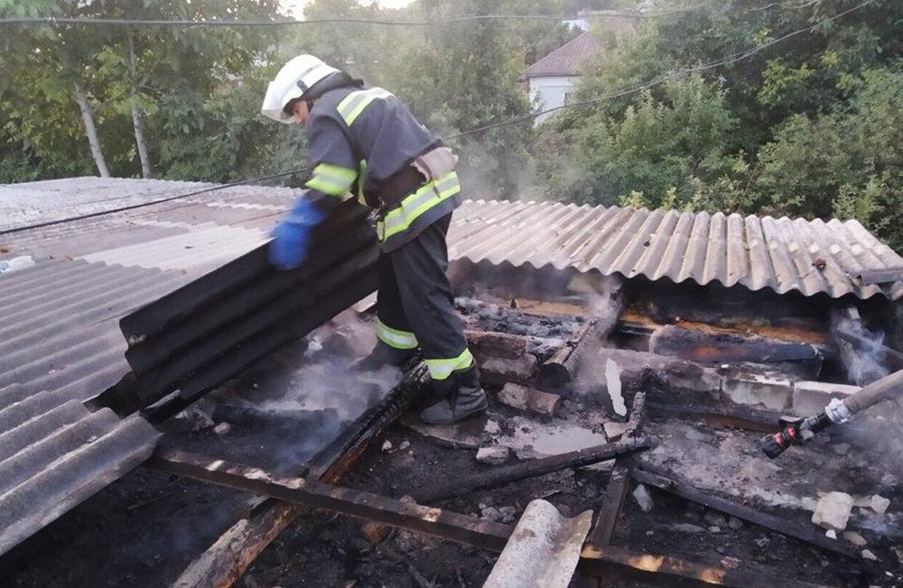 Спасатели Николаевщины потушили пожары двух гаражей и  автомобиля, - ФОТО, фото-3