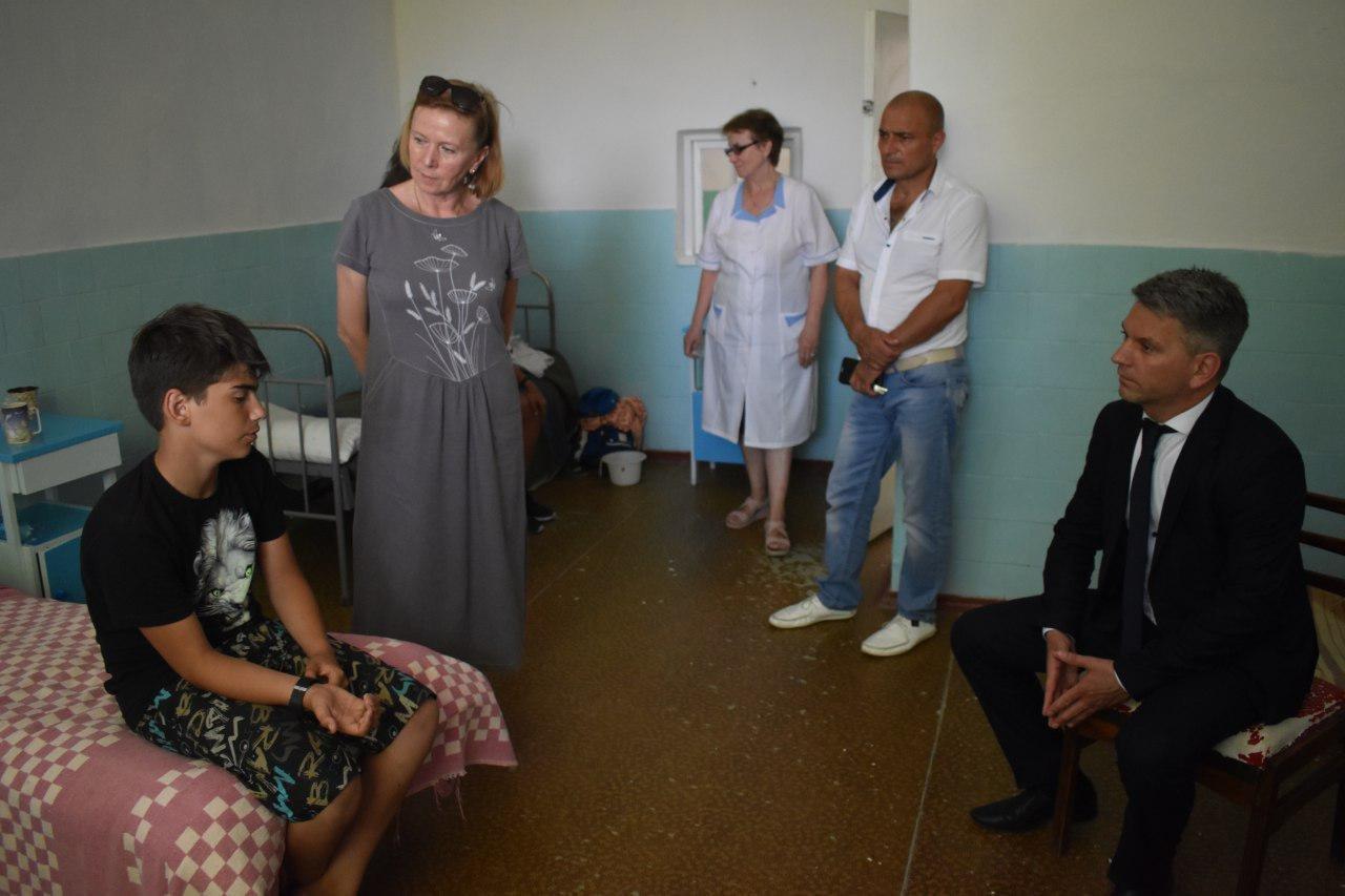 Николаевская ОГА закрывает оздоровительный лагерь «Салют» в Коблево, - ФОТО, ВИДЕО, фото-5