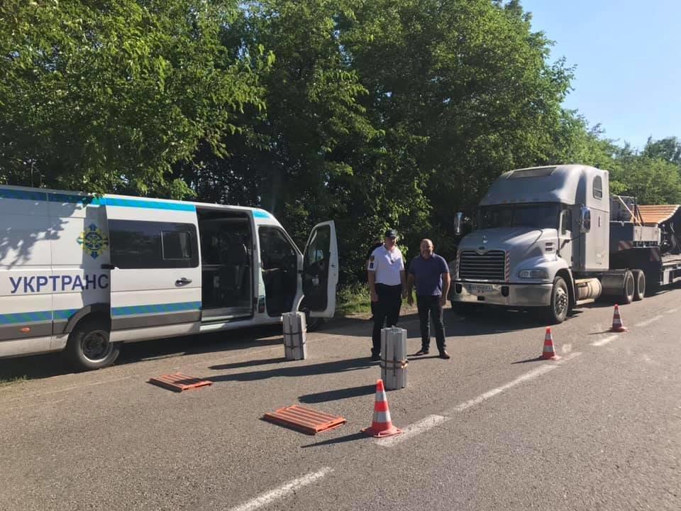 Перегруженные фуры на Николаевщине никуда не поедут, если не выплатят штраф в размере почти 155 тыс евро, - ФОТО, фото-5