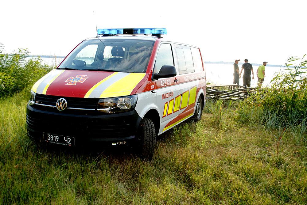 На Николаевщине спасли юношу, плавсредство которого унесло далеко от берега, - ФОТО, фото-5