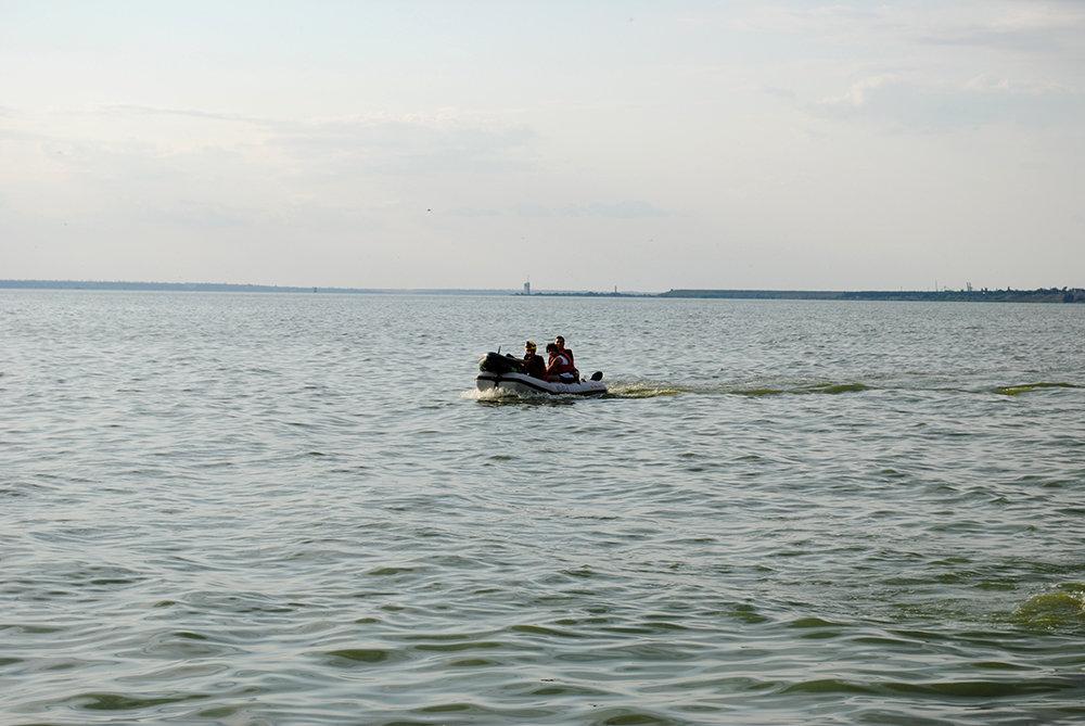 На Николаевщине спасли юношу, плавсредство которого унесло далеко от берега, - ФОТО, фото-4