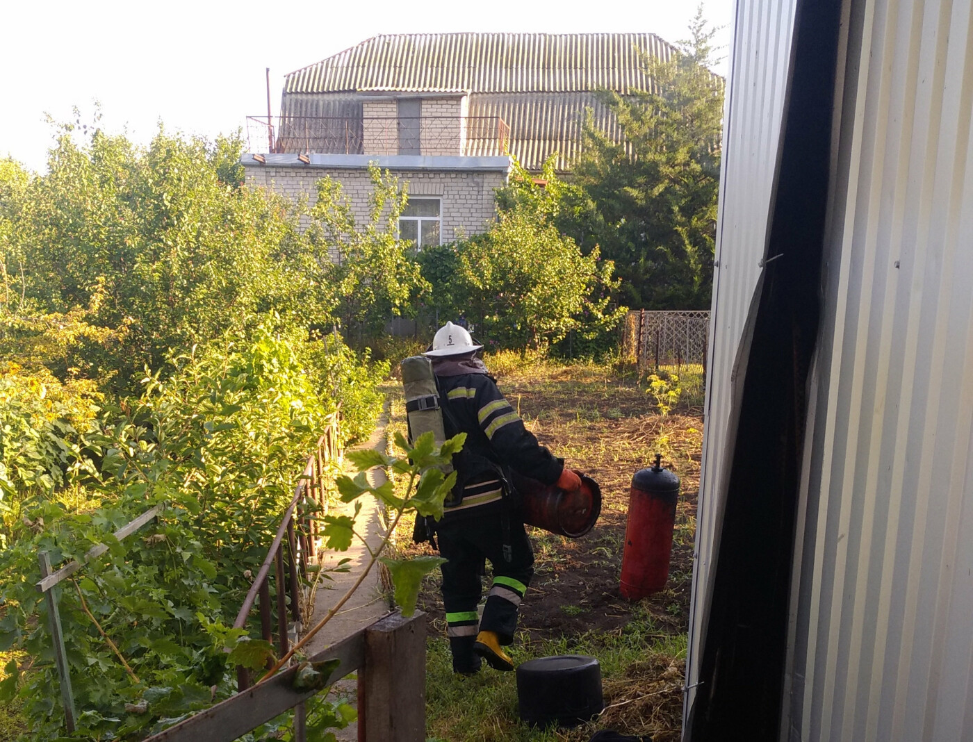 В Николаеве ликвидировали пожар хозяйственной постройки, - ФОТО, фото-2