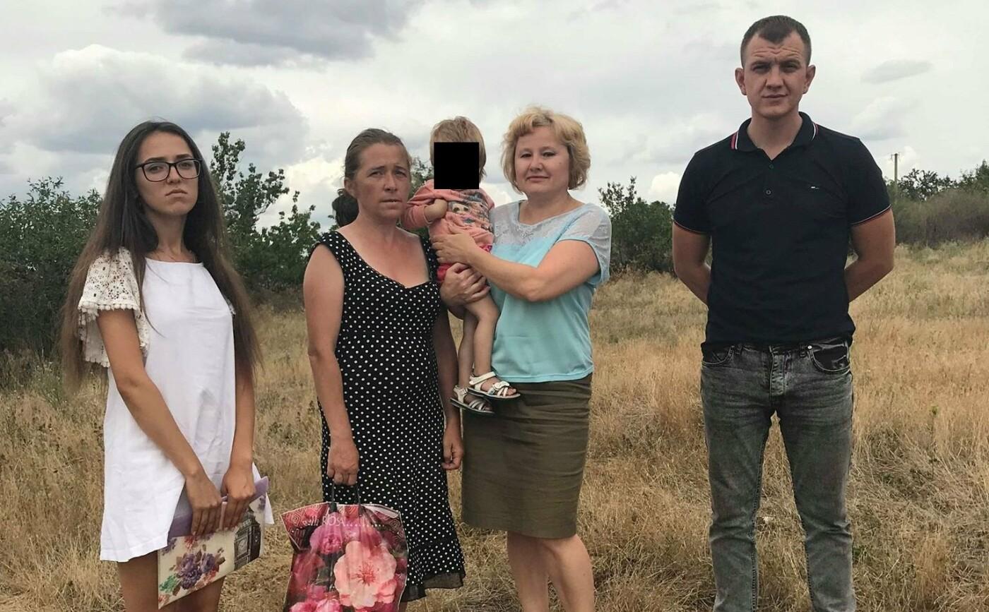На Николаевщине нашли мать, прячущуюся от соцслужб в разваленном доме с годовалой дочкой, фото-2