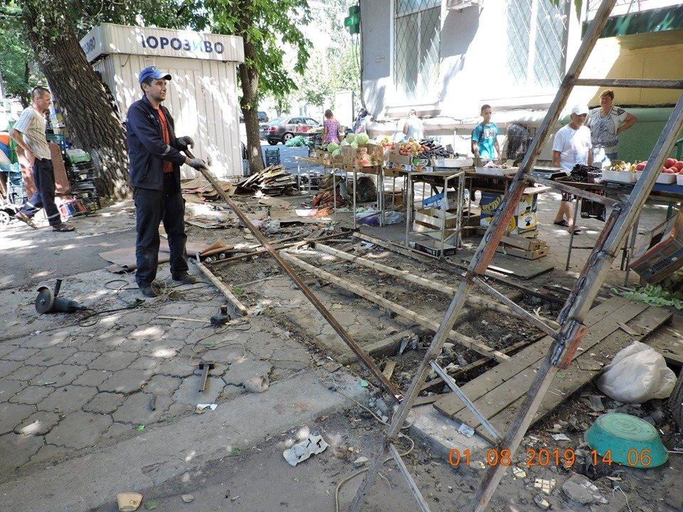 В Николаеве продолжают демонтировать незаконные постройки, - ФОТО, фото-4