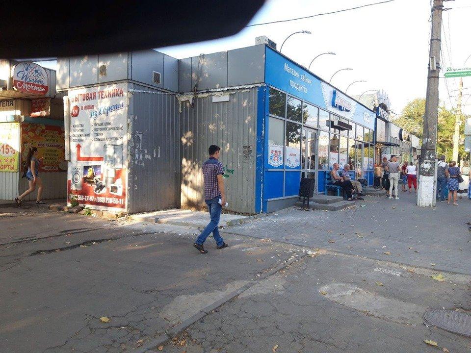 В Николаеве продолжают демонтировать незаконные постройки, - ФОТО, фото-1