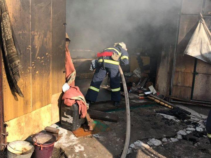 В Николаеве во время попытки потушить пожар мужчина получил ожоги, - ФОТО , фото-3