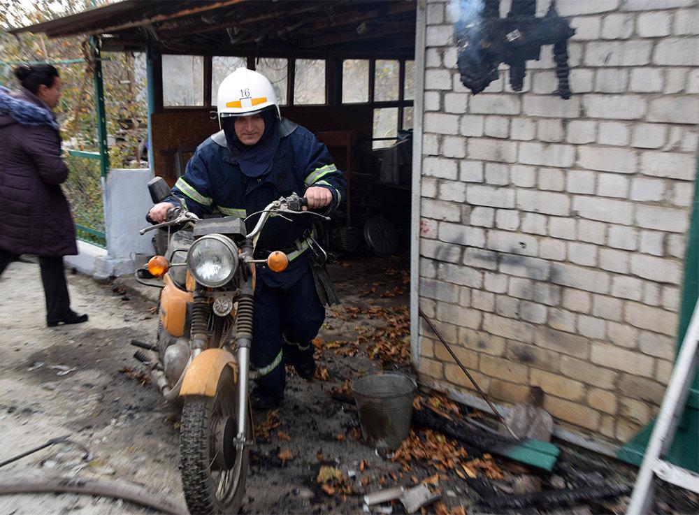 На Николаевщине  в частном секторе горел гараж, - ФОТО , фото-2