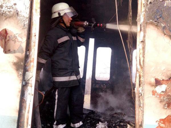 По пути в Николаев загорелся дизельный поезд, - ФОТО, фото-2