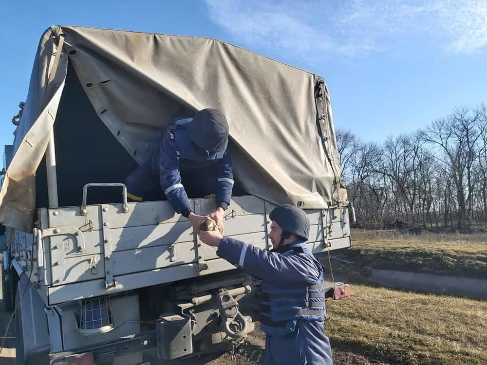 На Николаевщине местный житель нашел снаряд времён прошлых войн, - ФОТО, фото-4