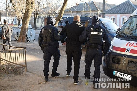 В Николаеве банду вымогателей посадили под арест без права внесения залога, фото-1