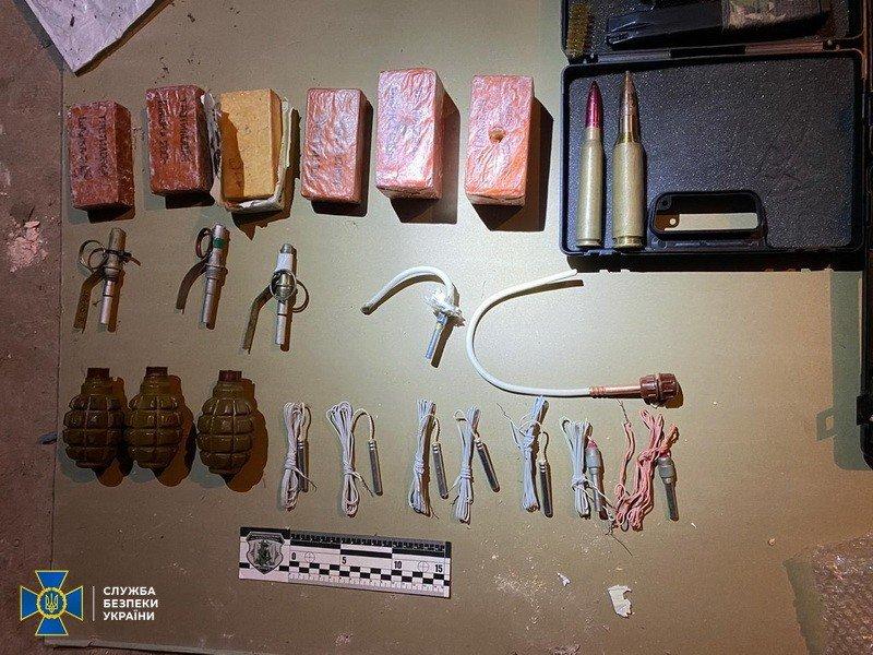 Организаторами незаконной продажи оружия в Николаеве оказались бывшие военные, фото-1