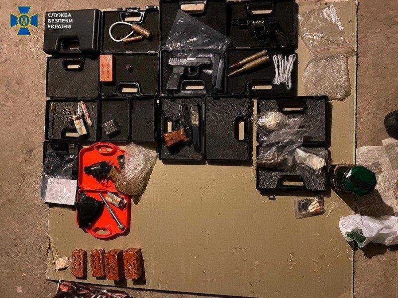 Организаторами незаконной продажи оружия в Николаеве оказались бывшие военные, фото-3