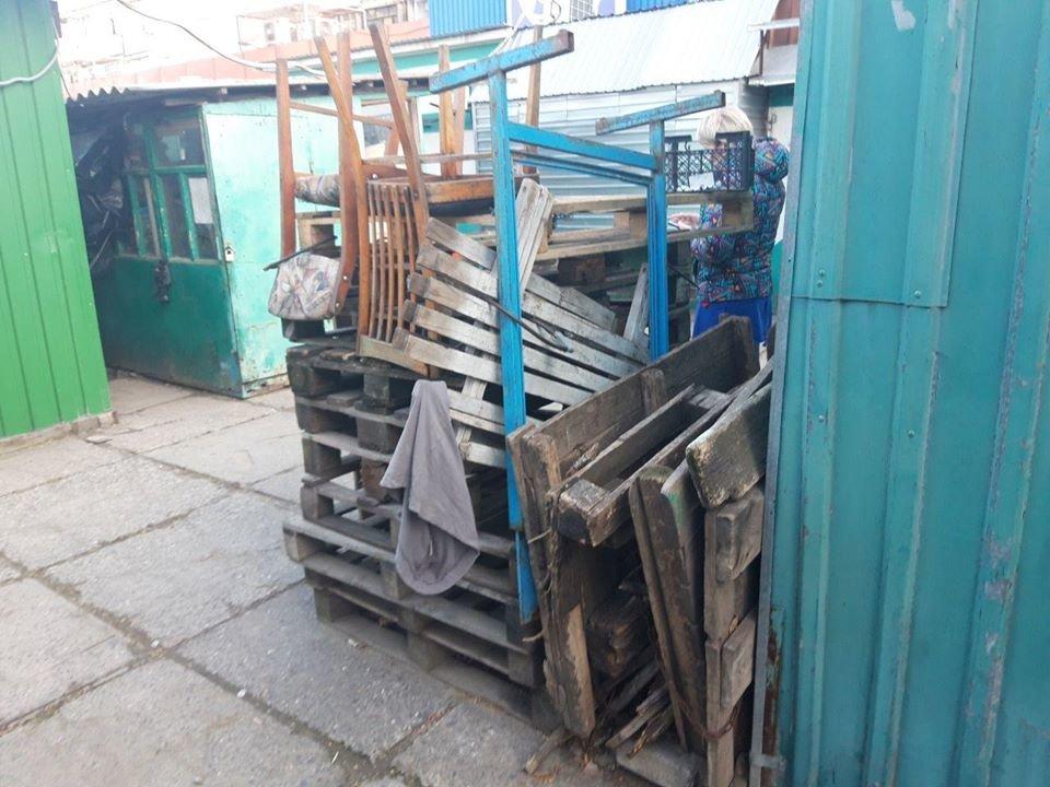 В Николаеве  закрывают еще  один из многочисленных городских рынков, - ФОТО, фото-1