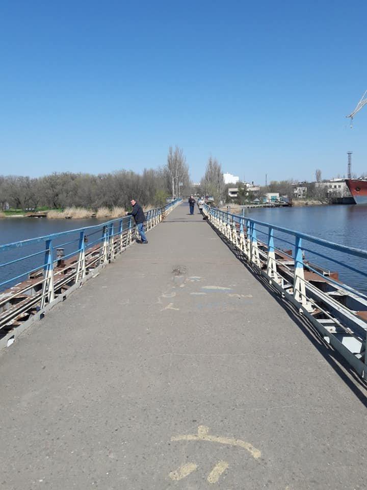 В Николаеве закончили ремонт понтонного моста, который в феврале рухнул из-за ветра, - ФОТО, фото-7