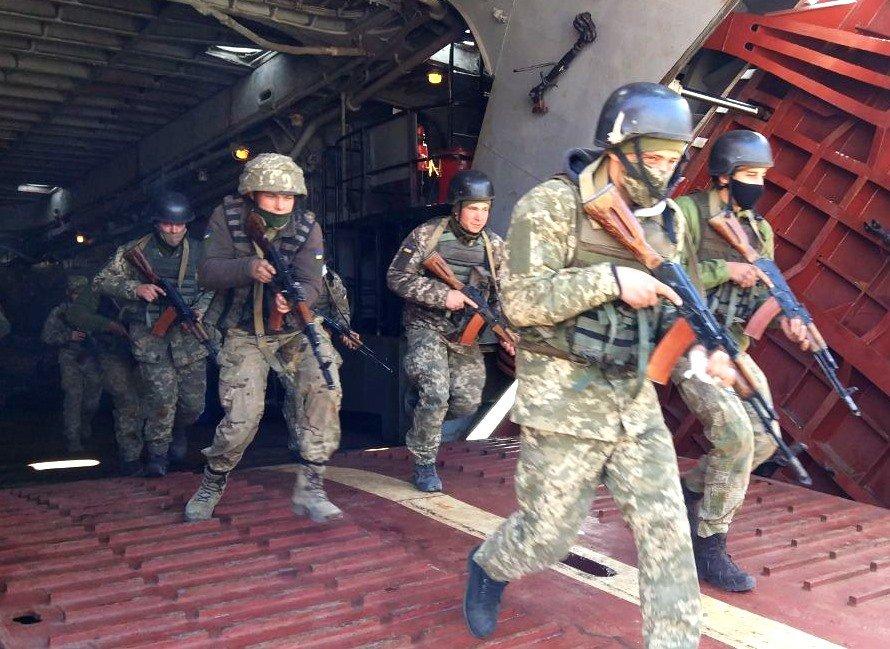 В николаевском учебном центре ВМС проходит курс морского пехотинца, - ФОТО, фото-3