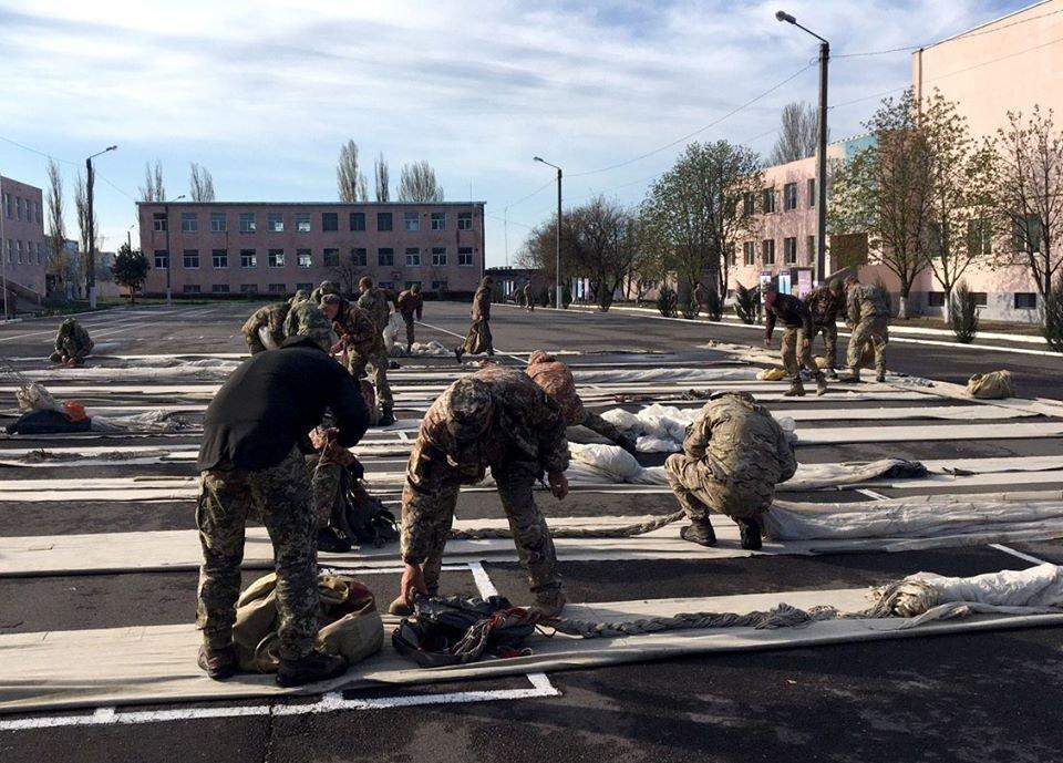 В николаевском учебном центре ВМС проходит курс морского пехотинца, - ФОТО, фото-7