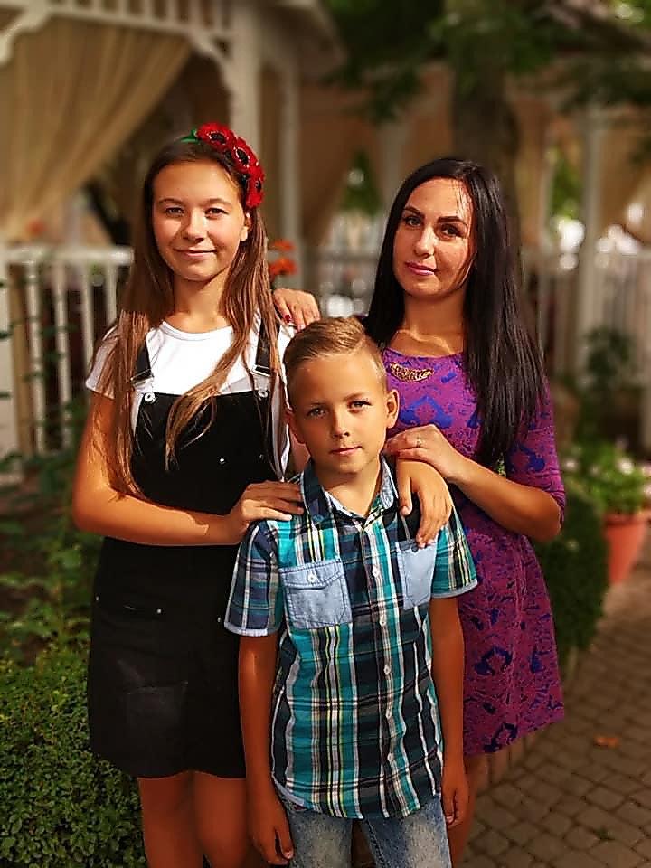 Жительнице Николаевской области, матери-одиночке, необходима помощь в борьбе с онкологией, фото-1
