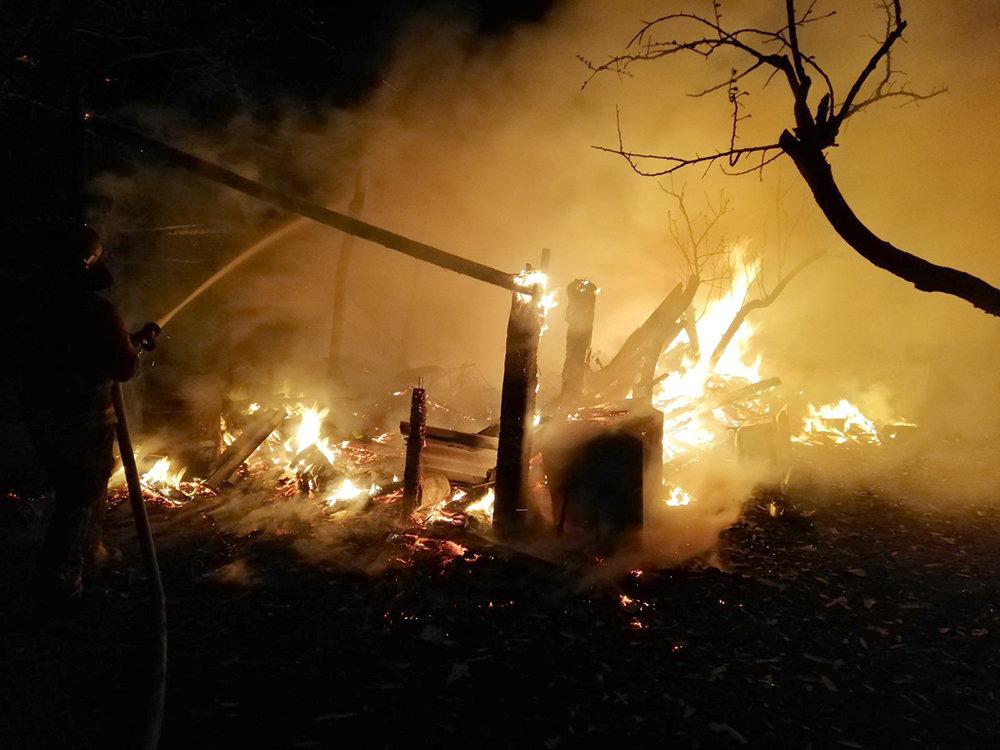 На Николаевщине в селе Мигия горело хозяйственное здание, - ФОТО, фото-1