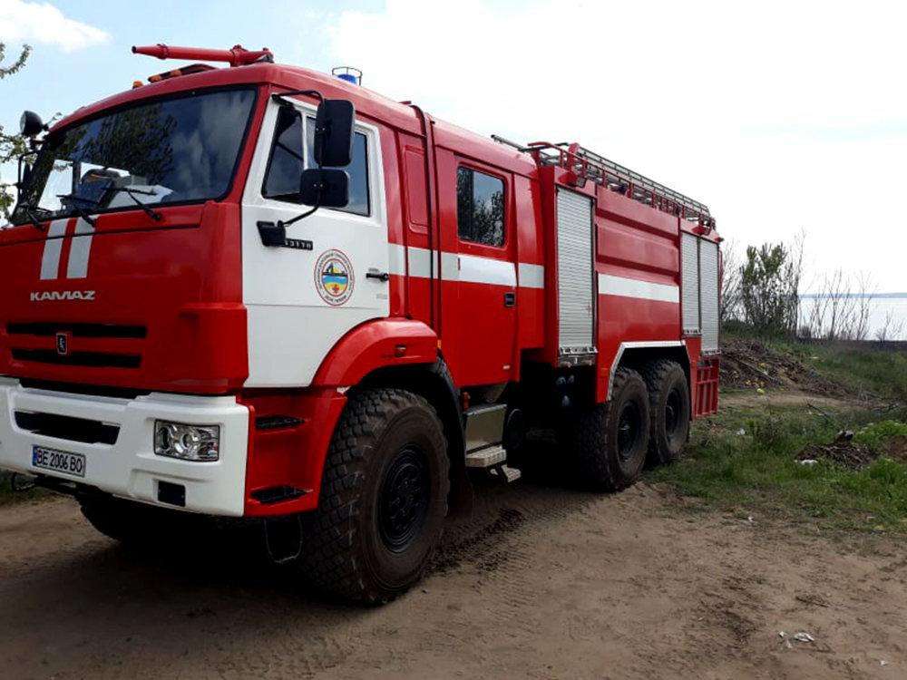 В селе Лиманы, что на Николаевщине, выгорело 4 гектара камыша, - ФОТО, ВИДЕО, фото-3